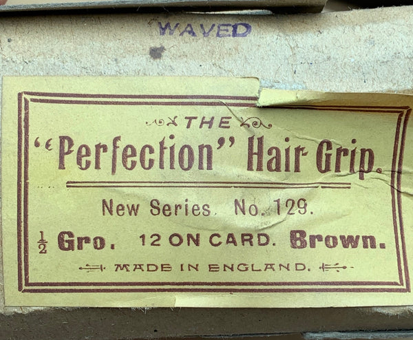 "The ""PERFECTION"" HAIR GRIP for NEAT HAIRDRESSING 1940s Made in England"
