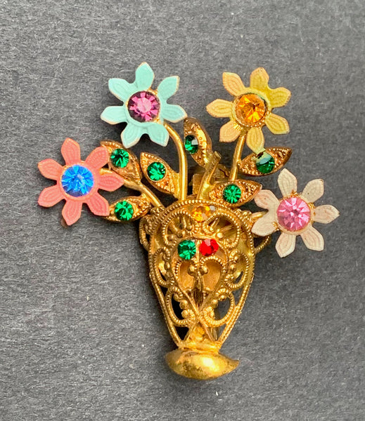 Delightful Vintage Diamante Vase of Flowers Brooch...