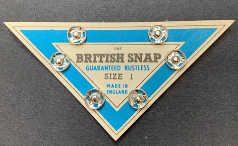 Triangle card of British 1940s Silver size 1 PRESS STUDS / SNAP FASTENERS
