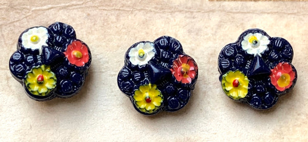 6 Unusual Vintage Glass Flower 1cm buttons
