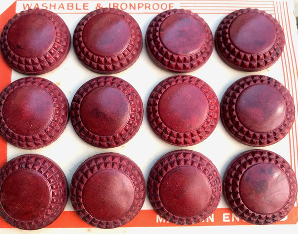 Mottled Red Brown English 1940s 2.2cm Bakelite  Buttons- 12 on a card