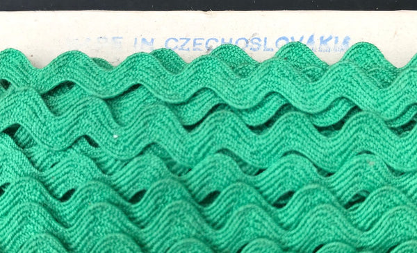 36 yds Vintage Forest Green 5mm Ric Rac Made in Czechoslovakia