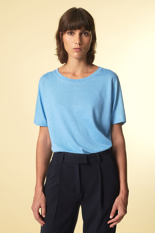 BATTY T-Shirt in Leinen blau Passform relaxed vordere Ansicht