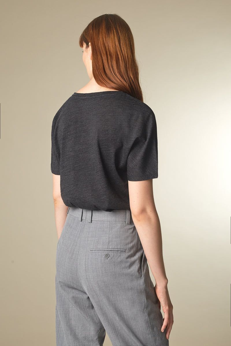 BATTY T-shirt in Merino grau Passform relaxed hintere Ansicht