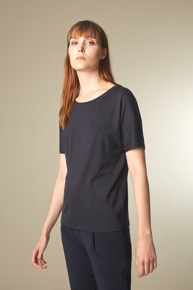 BATTY T-shirt aus Merino midnight Passform relaxed vordere Ansicht