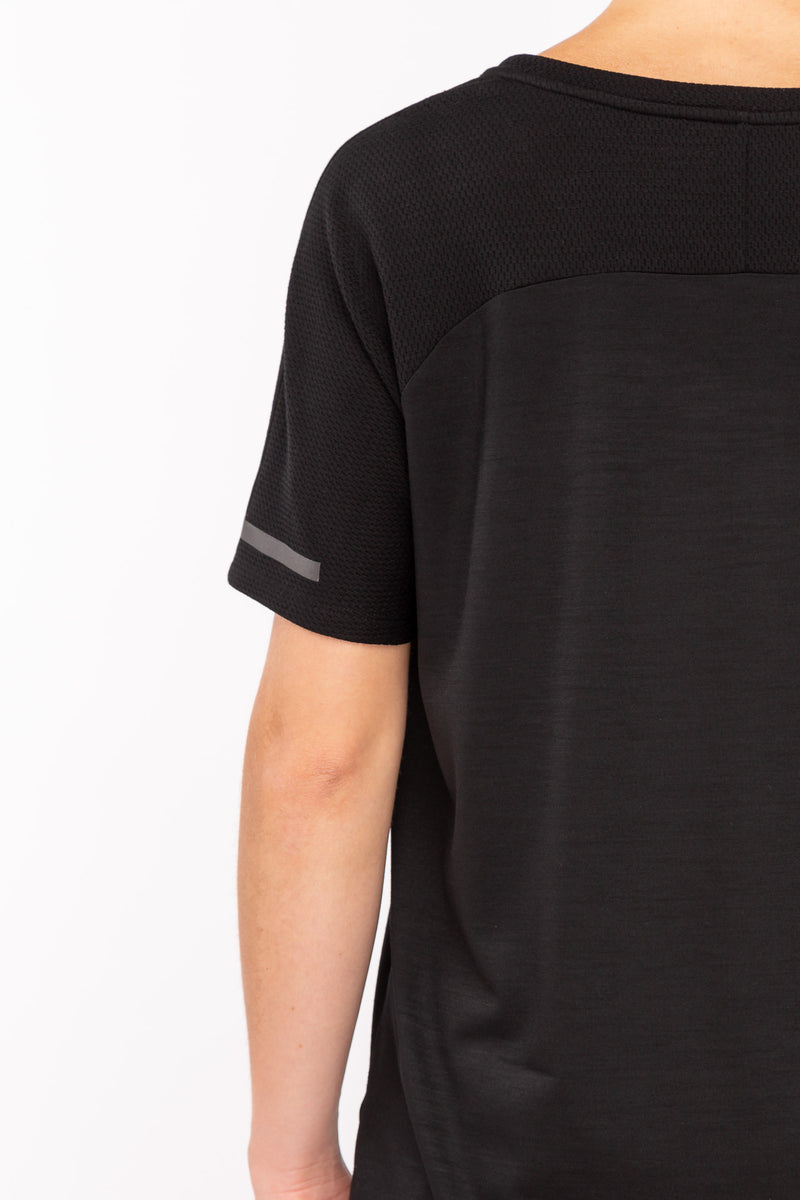 INTENSE T-Shirt in Merino schwarz Passform normal detail Ansicht
