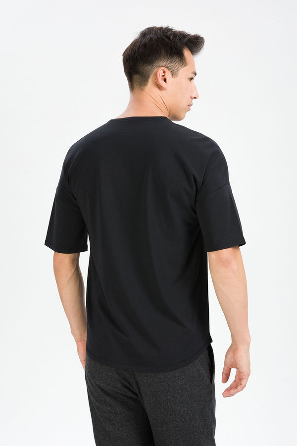 RECHARGER T-Shirt in SeaCell schwarz Passform relaxed hintere Ansicht