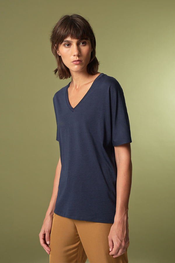 TREE T-Shirt in Tencel navy Passform relaxed vordere Ansicht