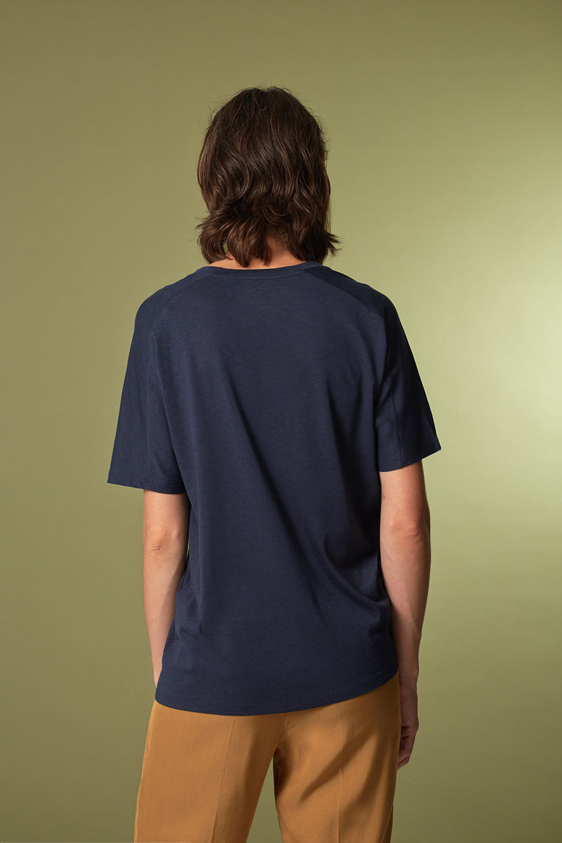 TREE T-Shirt in Tencel navy Passform relaxed hintere Ansicht