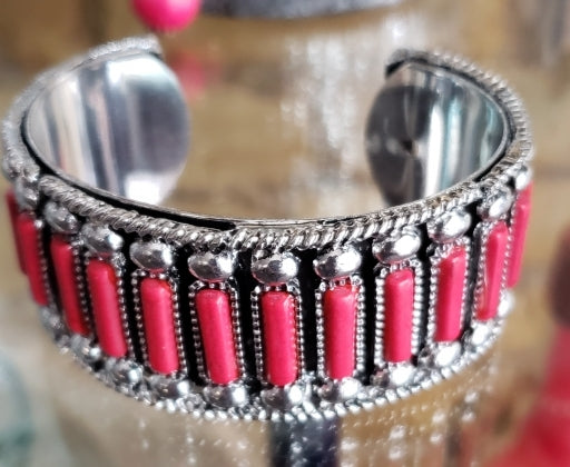 The Braxton Bracelet - Red