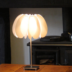 onefoottaller_flair_table_lamp