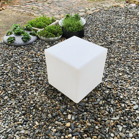 Outdoor Cube Lit Table