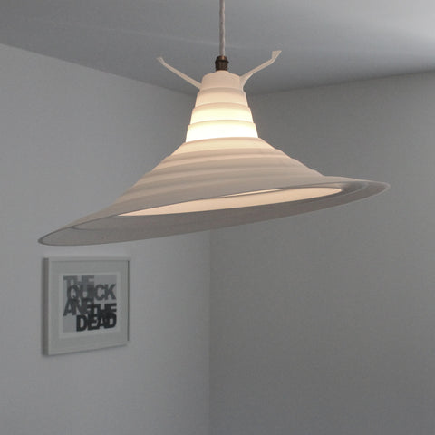 interesting lighting, 3Dprinted moving lampshade, rings changeable lighting, maneuvre lampshade