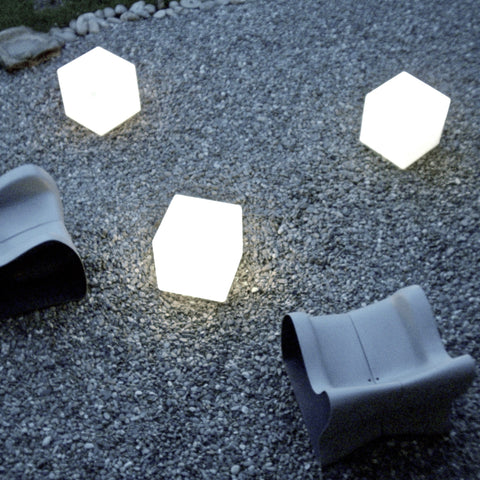 outdoor lit cube, lighting up garden furniture, outdoor cube, contemporary outdoor lighting, sturdy outdoor light, poolside lamp, cube light extrerior, outdoor furniture