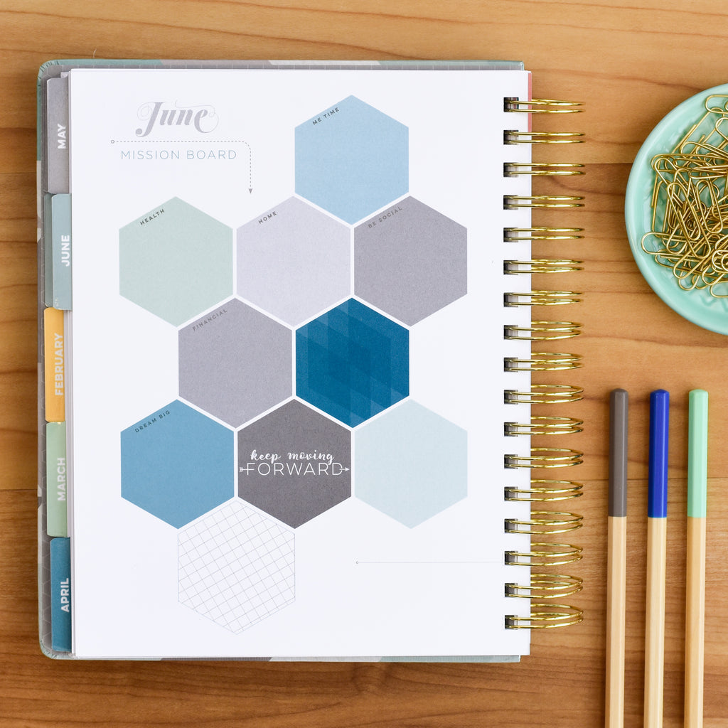 Monthly goal setting sections in the 2018 planner make productivity easy.