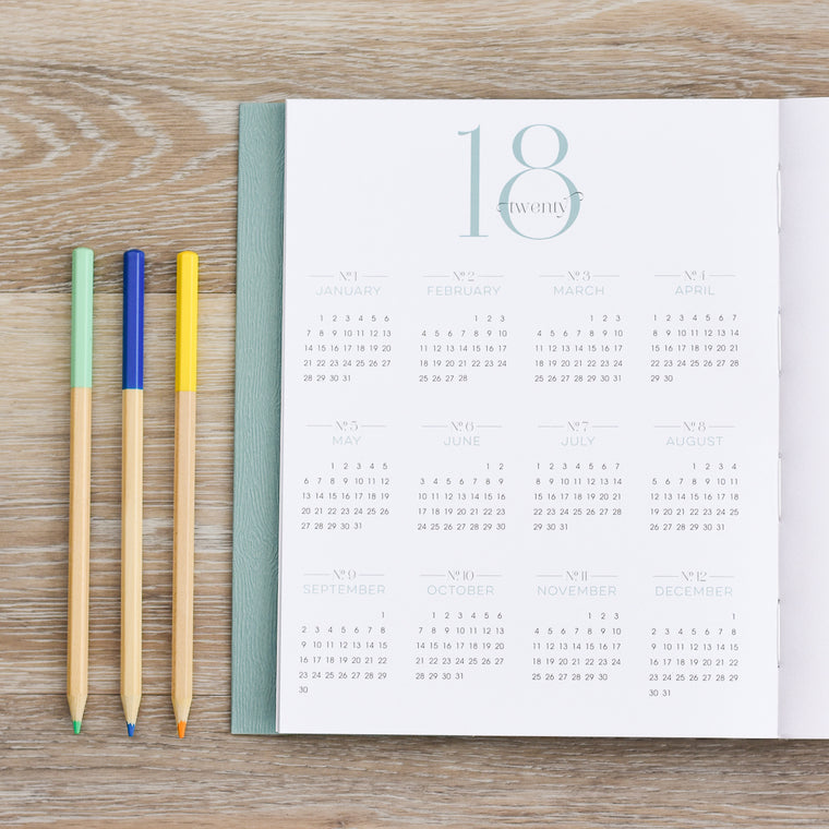 2018 Planner with No Coil for Busy Women