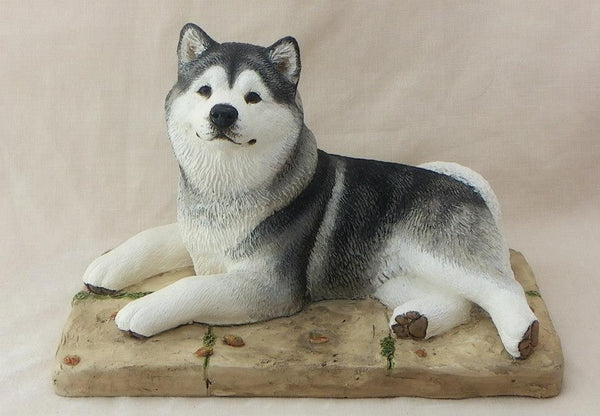 Alaskan Malamute Dog Sculpture