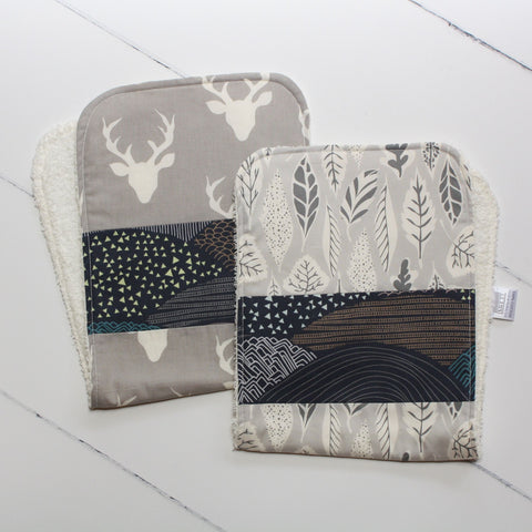 Bucks & Leaves Burp Cloth Set