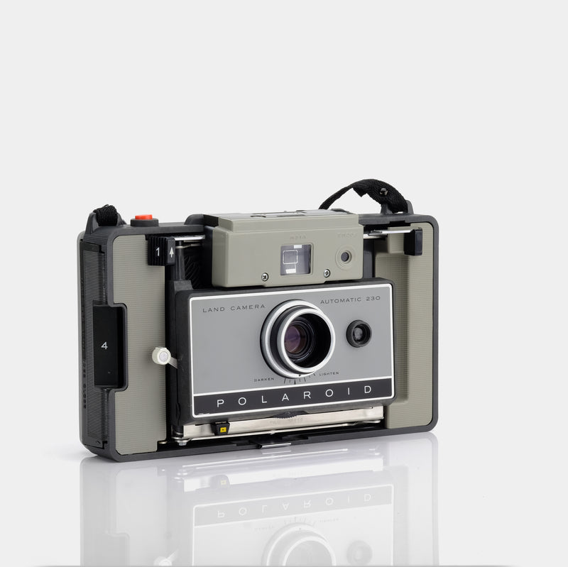 Polaroid Model 230 Packfilm Land Camera