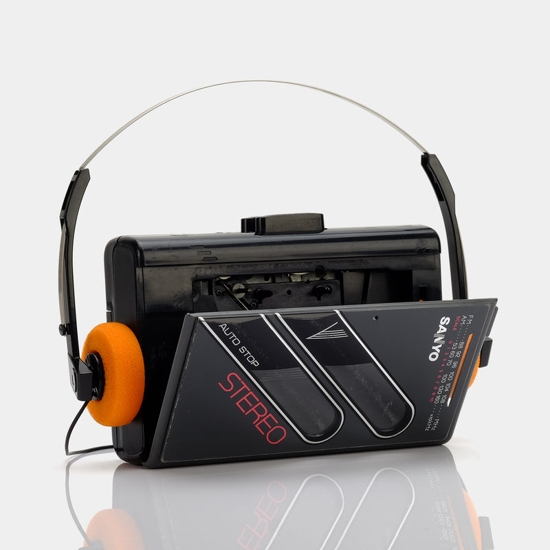 Sanyo AM/FM Portable Cassette Player