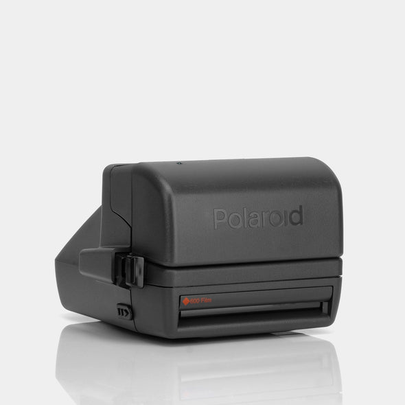 Refurbished Polaroid 600 Camera - Close Up Autofocus