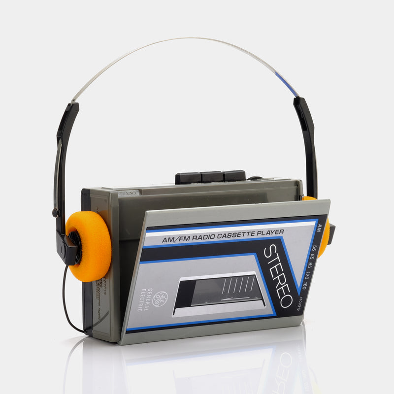 General Electric Stereo AM/FM Portable Cassette Player