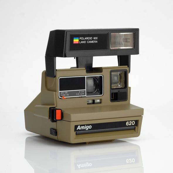 Refurbished Polaroid 600 Camera - Amigo Flash
