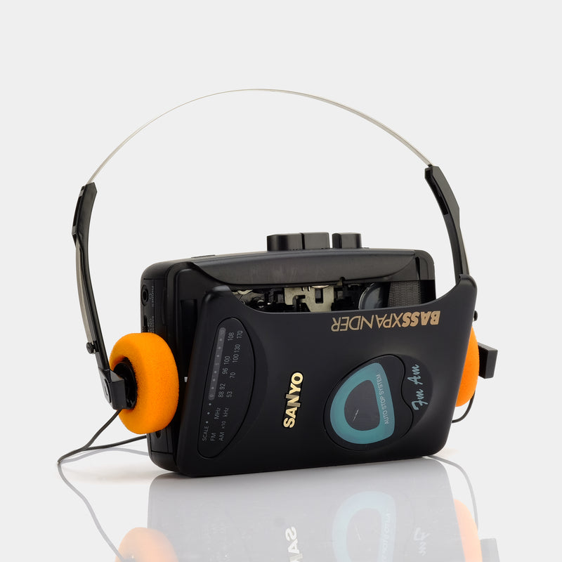 Sanyo MGR-710 AM/FM Portable Cassette Player
