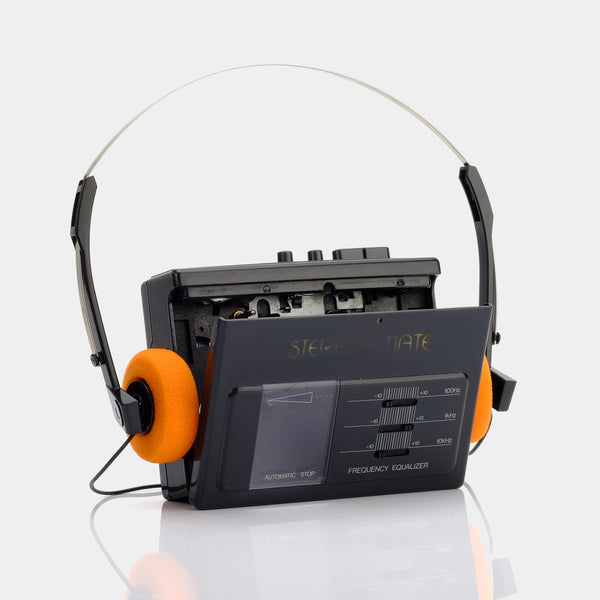 Stereo Mate AM/FM Portable Cassette Player