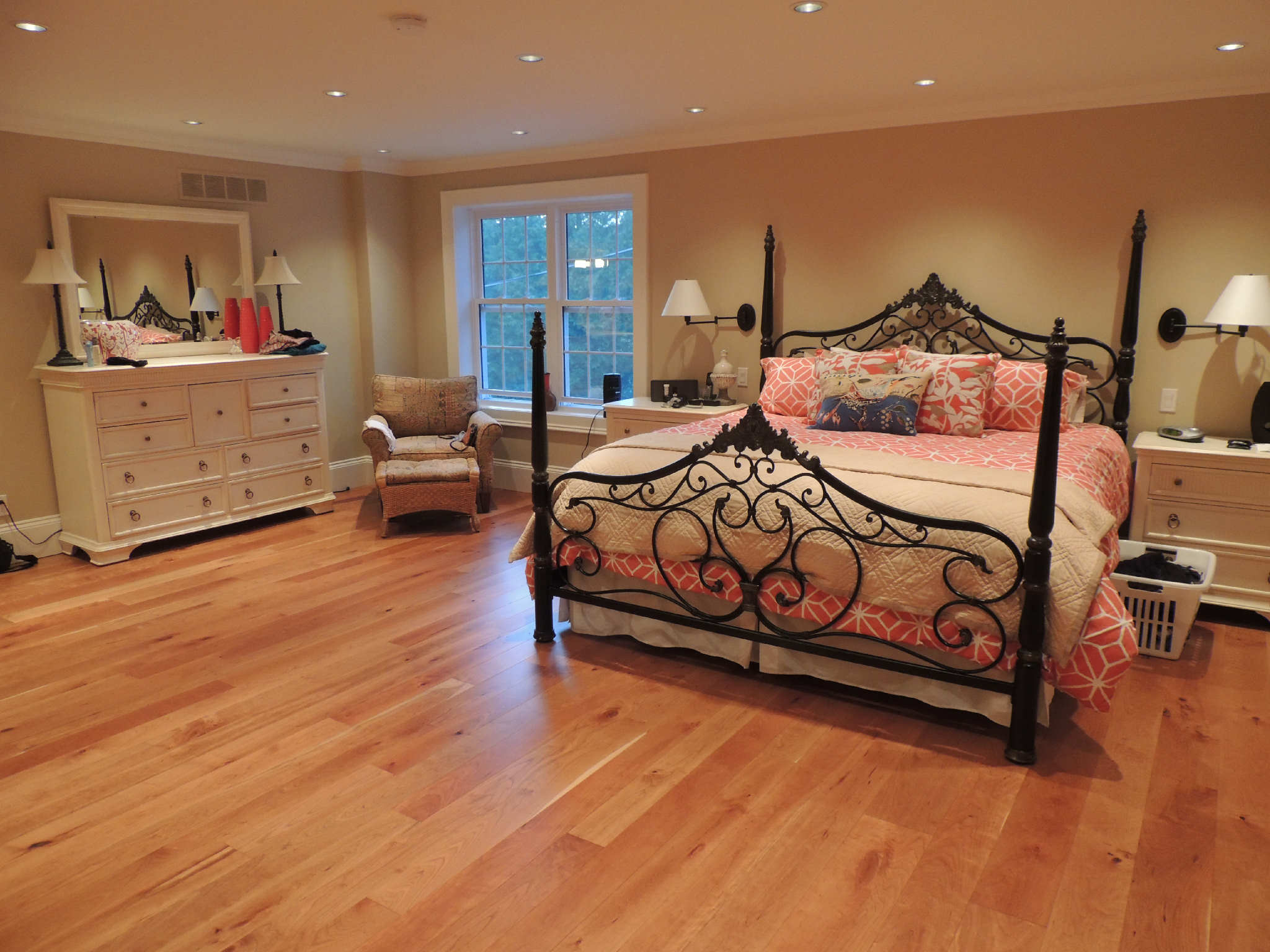 Cherry hardwood flooring information gaylord flooring for Cherry flooring pros and cons