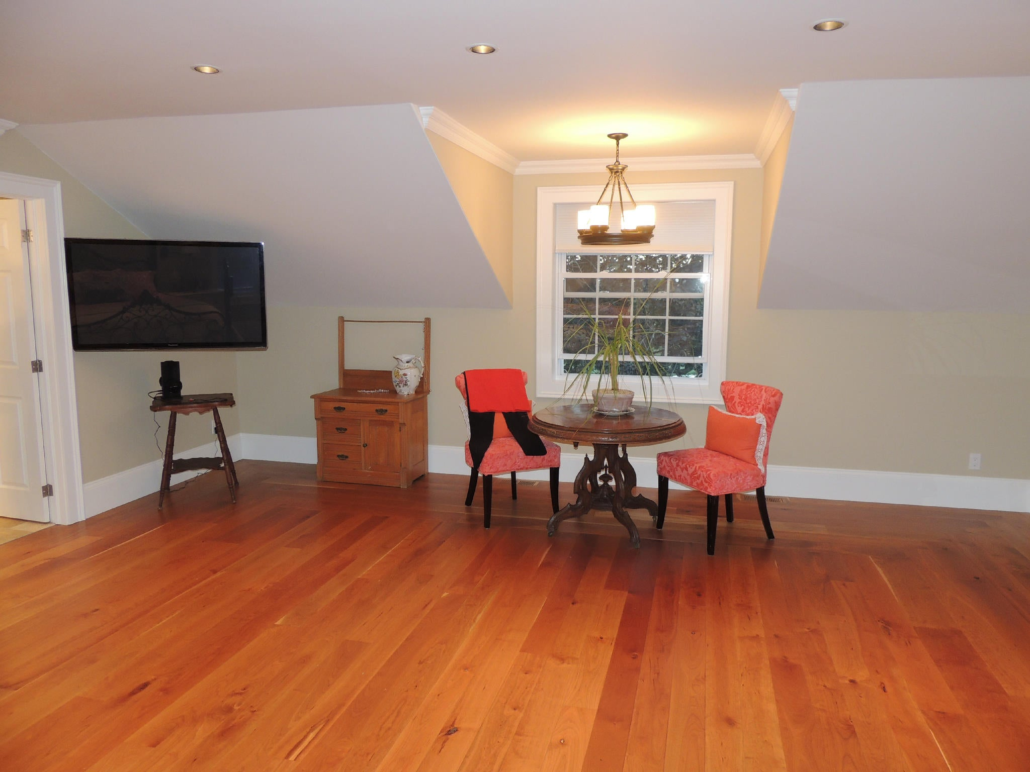 Hardwood Flooring Thats Cherry Wood