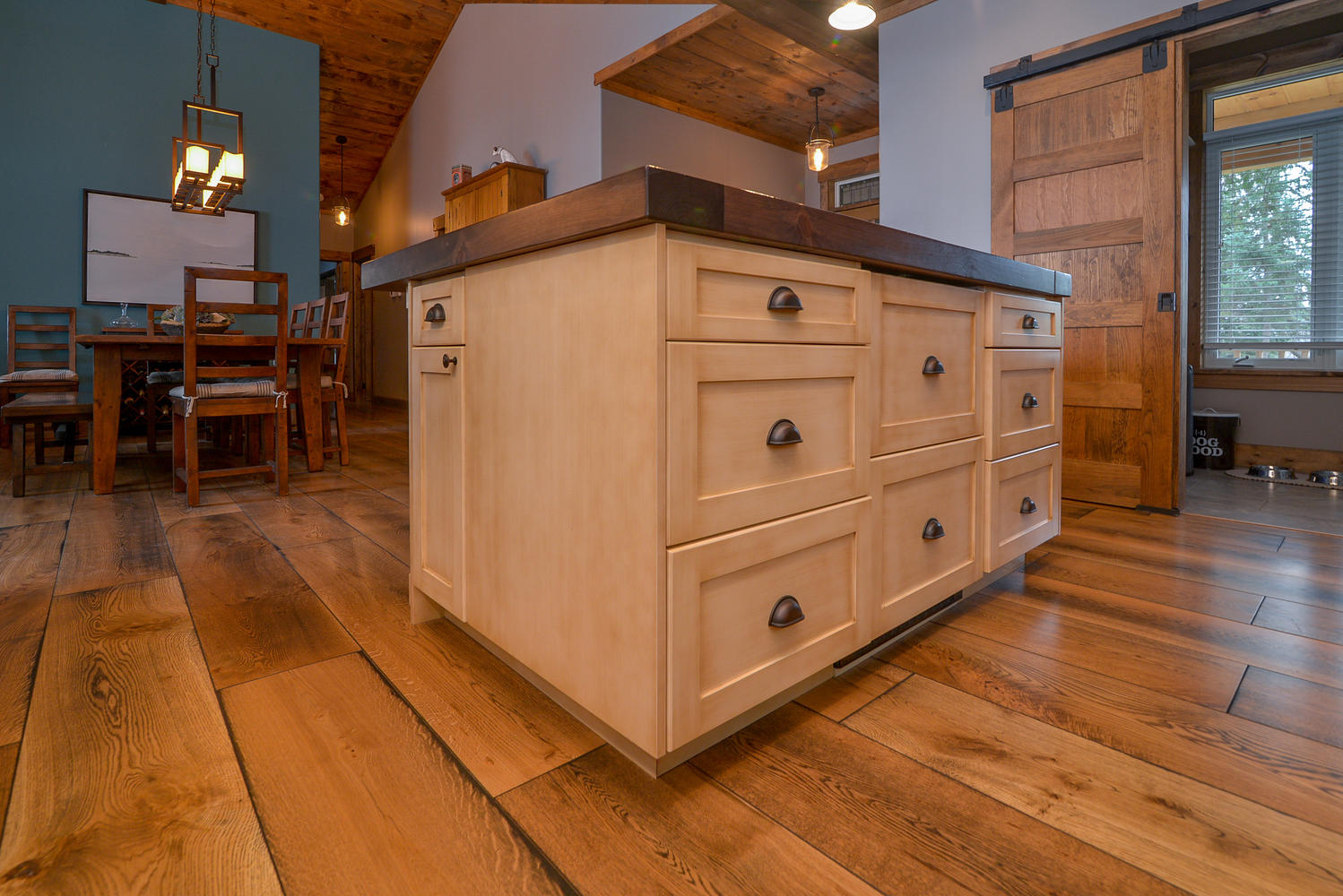 Pictures of natural Wide plank white oak flooring