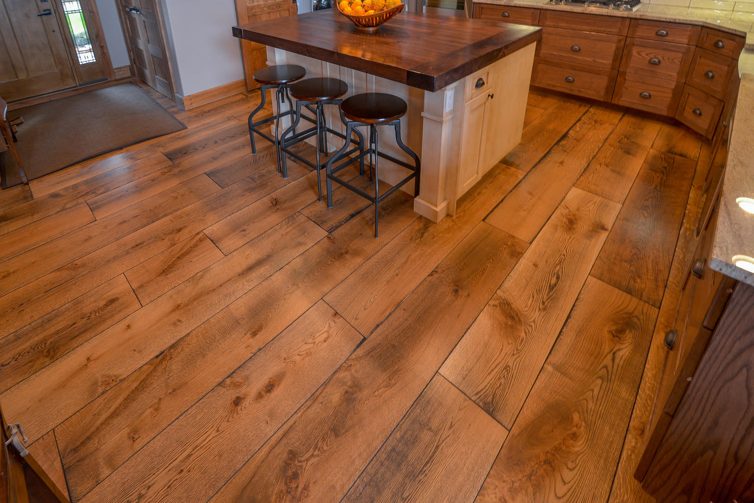 wide planks of white oak flooring in widths up to 11 inches