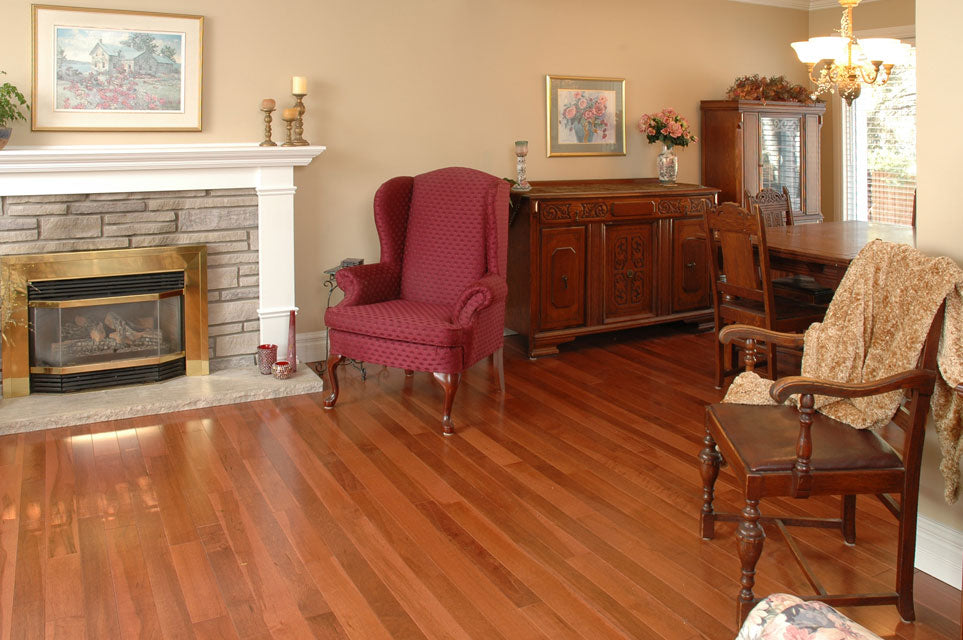 medium dark maple hardwood flooring in a living room
