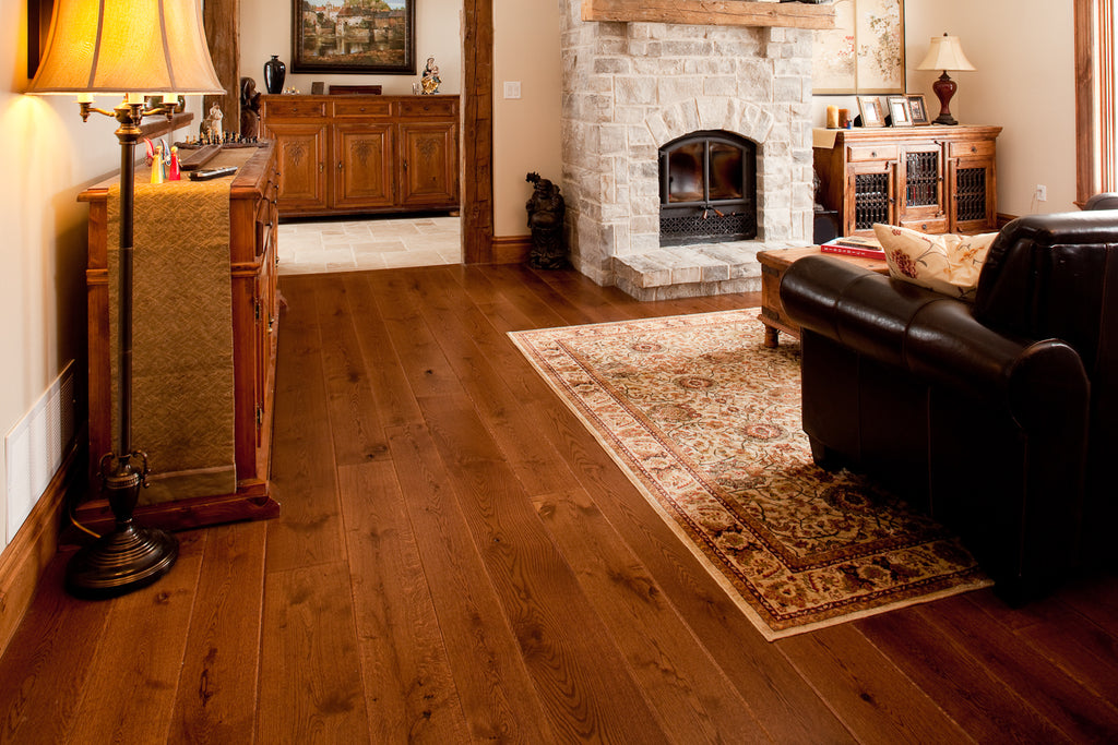 Best hardwood floors for dogs picking the best option for Hardwood floors good for dogs