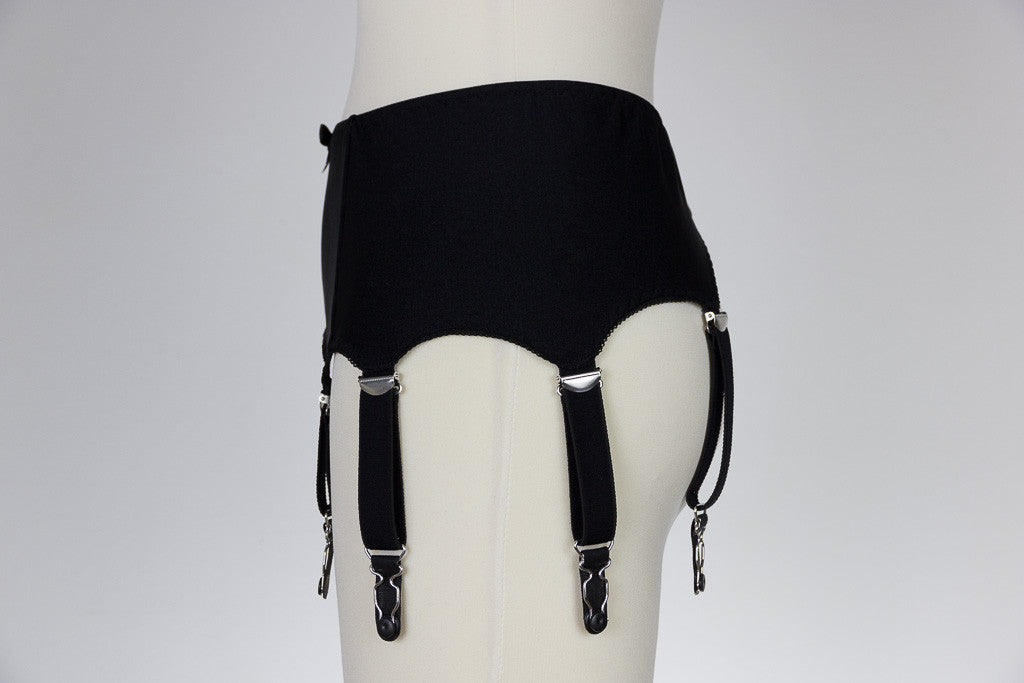 8 Strap GRETA Smooth and Simple Retro Style Garter Belt in Black White Size XS-4XL