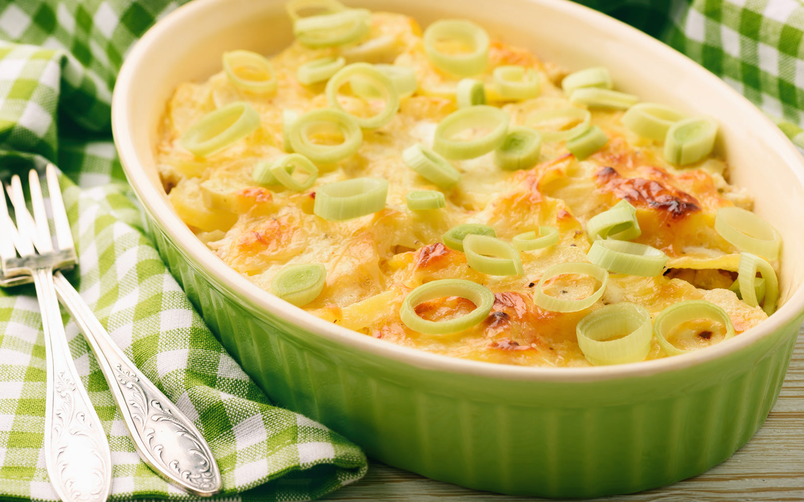 Chicken Casserole with Potato and Leeks