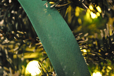 Green Bias Binding - The Christmas Fabric Shop - 1