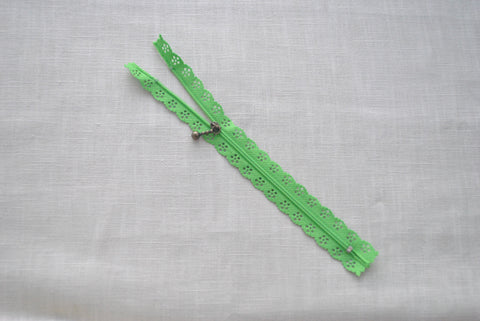 Apple Green Lace Zip - The Christmas Fabric Shop
