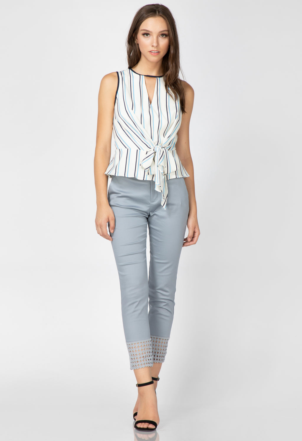 Layne Sleeveless Tie Blouse