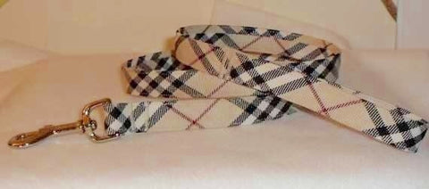 London Chic Plaid Leash