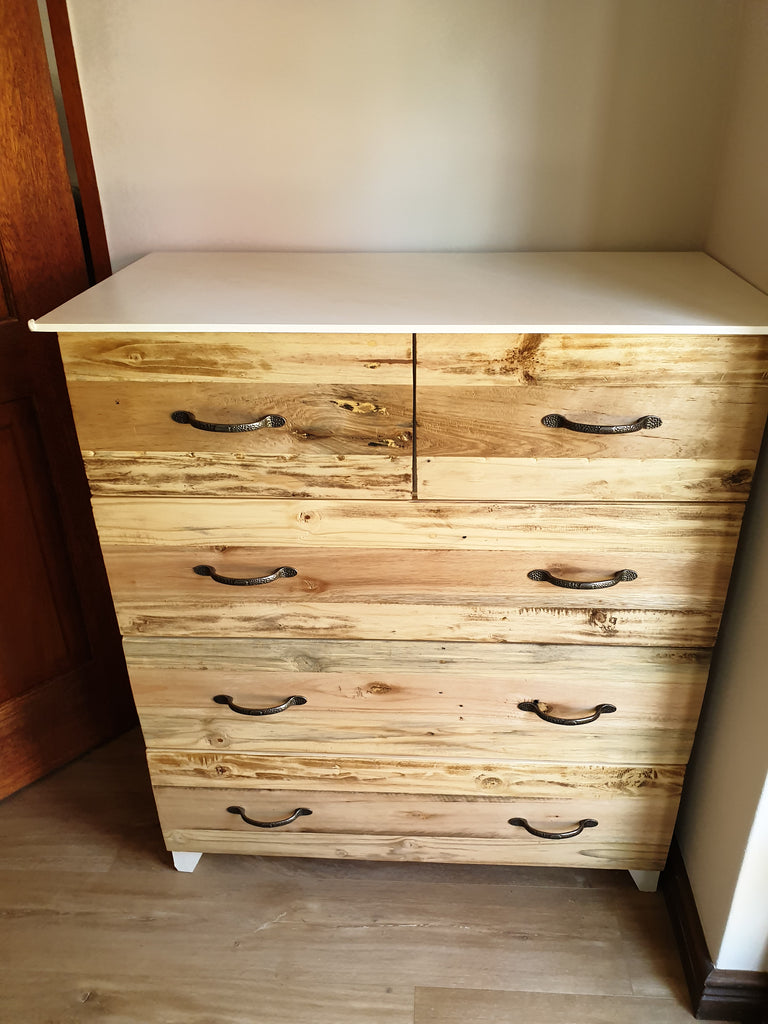 Solid Front 5 Drawer Chest