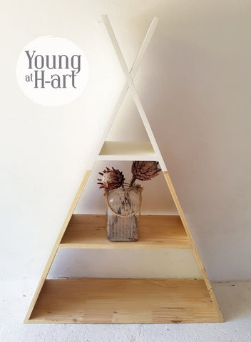 TeePee Floor Shelf. 140cm Tall