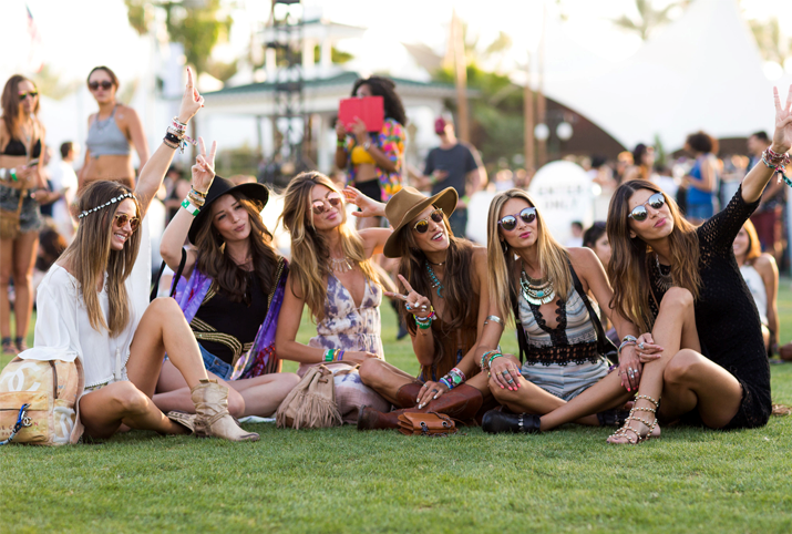 WHAT TO WEAR AT COACHELLA
