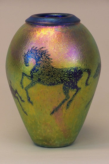 Gold Medium Horse With Folded Lip Vase Carl Radke Art Glass Hand
