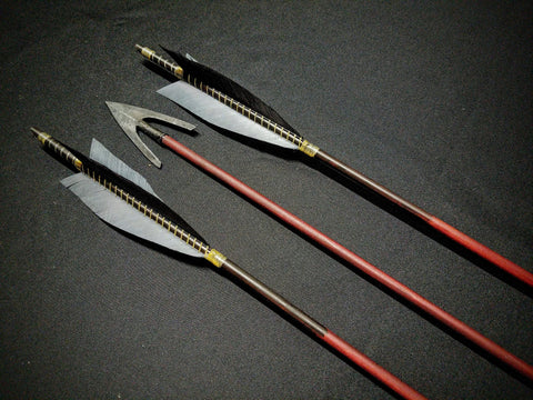 "Hand Fletched Broad Tail Point Arrows (30 - 35# @ 31"") (Set of 3)"