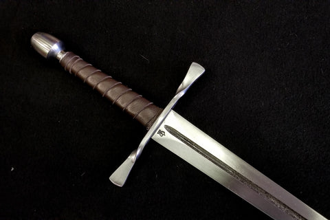 BKS Arming Sword w/ Bowtie Guard (Blunt)
