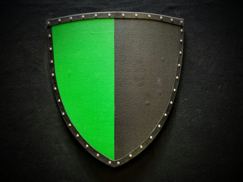 Painted - Heater Shield (Small) - Green & Black - Per Pale