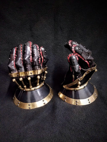 Princely Hourglass Gauntlets