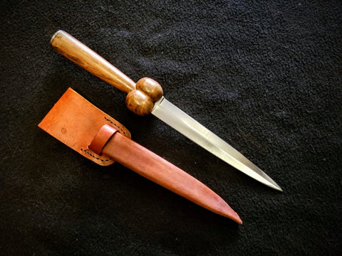 Bollock Dagger (stainless feast knife)